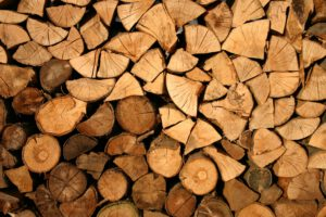 Puukauppa jäljessä edellisvuosista − sähköiset työkalut ahkerasti käytössä
